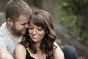 hugging engagement photography
