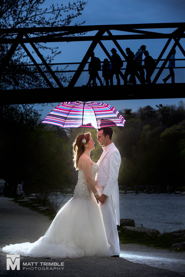 rainy spring wedding photography umbrella