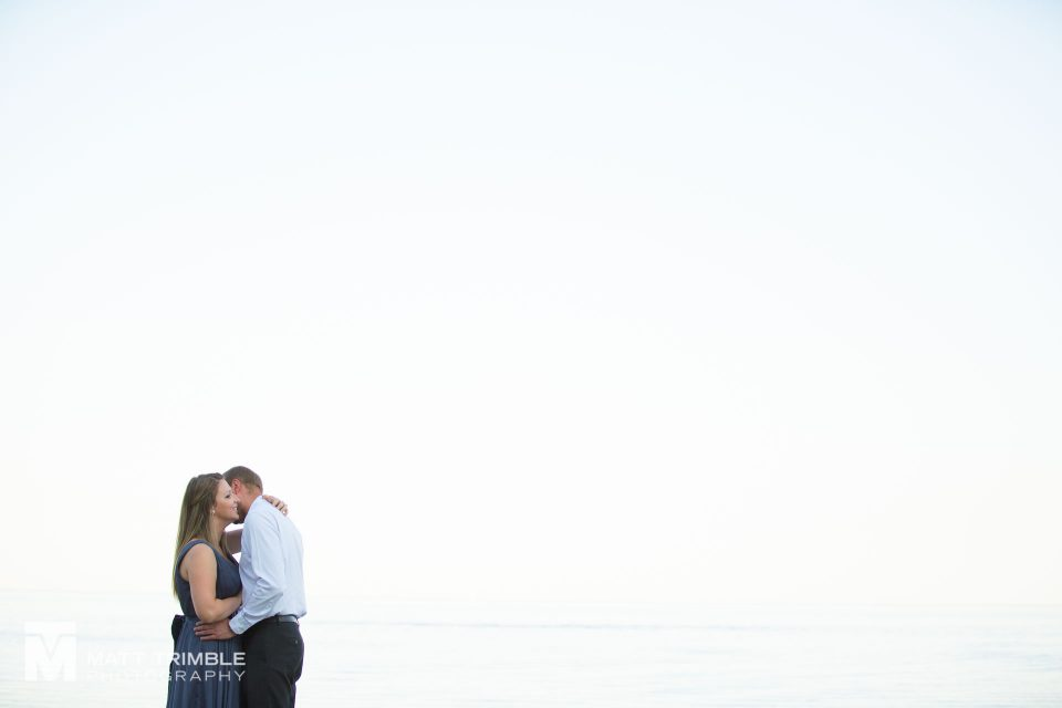 a minimalist engagement photography at scarborough bluffs